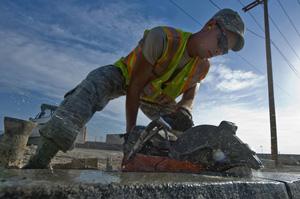 Bouwvakkers inhuren via payroll bouw